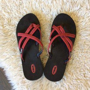 c03a3b0ef Women s Teva Olowahu Sandals on Poshmark